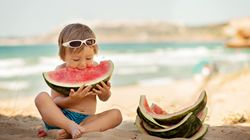 Τα καλύτερα σνακ για την παραλία: Τι πρέπει να έχετε πάντα μαζί σας στην