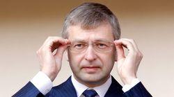 Σε κόντρα Δήμος Μεγανησίου - Ριμπολόβλεφ για την απαγόρευση διέλευσης σκαφών γύρω από τον