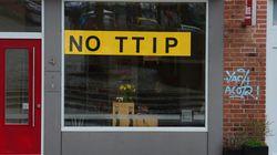 Ακόμη και μετά το brexit δεν «γλυτώνουν» την TTIP. Η Μάλστρομ λέει πως διαπραγματεύεται και για τους