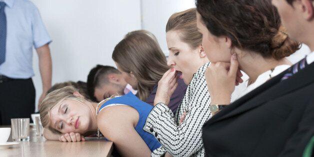 Πέντε αιτίες που χάνουμε χρόνο στη δουλειά
