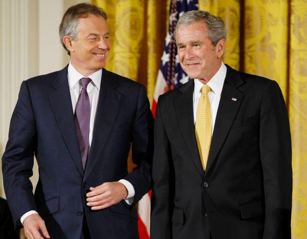 Η «υπόσχεση» Κόρμπιν σε Μπλερ πως θα «πληρώσει» για το Ιράκ, η απόδειξη πως υπάρχει πολιτικός που τηρεί...