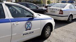 Μεταφορείς κλεμμένων οχημάτων ήταν Αλβανοί «τελωνειακοί» που συνελήφθησαν στο