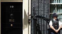 Αποκλείει δεύτερο δημοψήφισμα ο Κάμερον. Επίσπευση της διαδοχής στο Συντηρητικό Κόμμα της