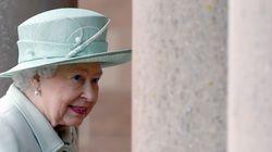 Η βασίλισσα της Αγγλίας περιμένει αύξηση 2,8 εκατ. λιρών το