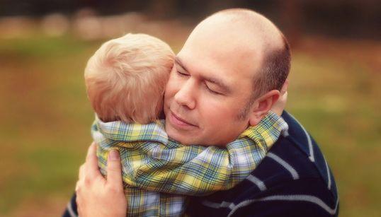 Η ολότητα της αξίας του πατέρα βρίσκεται στην υπέρβαση του παραδοσιακού του
