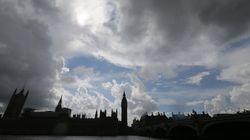 Δεν βιάζεται για την ενεργοποίηση του Άρθρου 50 η βρετανική κυβέρνηση. Αίτημα εξόδου μέχρι την Τρίτη θέλει ο
