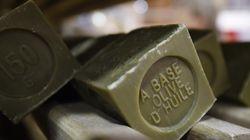 «Εμφύλιος» μονέρνων-παραδοσιακών στη Γαλλία για την «πραγματική» συνταγή του σαπουνιού