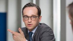 Ο Γερμανός υπουργός Δικαιοσύνης προειδοποιεί τους πρόσφυγες για τους γάμους ανηλίκων και την