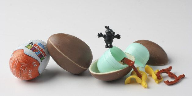 FI/EGGTOY Washington Post Studio DATE: 4/13/06 PHOTO: Julia Ewan/TWP Kinder Surprise - Chocolate egg...