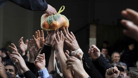 1,5 εκατ. Έλληνες ζουν σε συνθήκες ακραίας φτώχειας. Ποιο το προφίλ των πιο αδύναμων