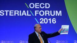 Διατήρηση ή και ενίσχυση της χαλαρής νομισματικής πολιτικής της ΕΚΤ συνιστά ο