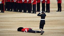 Η στρατιωτική παρέλαση για τη Βασίλισσα Ελισάβετ σε