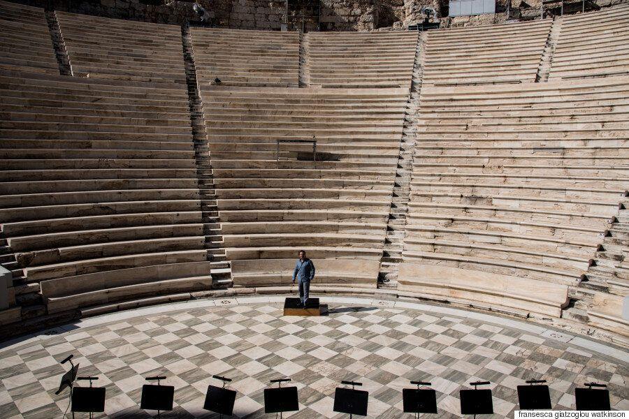 Ενρίκο Καστιλιόνε: O Iταλός σκηνοθέτης σκηνοθετεί την «Αΐντα» και ζωντανεύει την Αρχαία Αίγυπτο στο