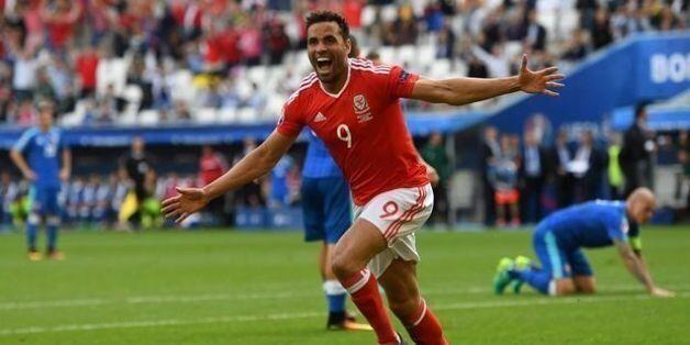 Ιστορική νίκη η Ουαλία, 2-1 την
