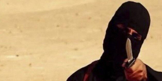 Execution of Steven Sotloff (1983 – 2014) by Jihadi John of ISIS. In August 2013, Sotloff was kidnapped...