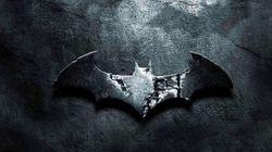 Αξίζει να περάσετε δύο λεπτά χαζεύοντας πώς άλλαξε το logo του Batman με τα