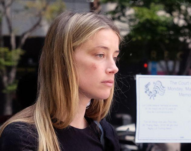 Η Amber Heard καταγγέλλει για κακοποίηση τον Johny Depp - Πήρε περιοριστικά μέτρα εναντίον