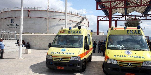 Παραδόθηκαν τα πρώτα έξι νέα ασθενοφόρα του ΕΚΑΒ Δυτικής
