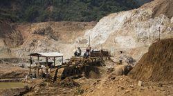 Δώδεκα νεκροί και 100 αγνοούμενοι σε κατολίσθηση σε ορυχείο στη