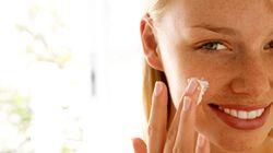 Αντηλιακό ή μακιγιάζ; Αυτά τα 11 προϊόντα ομορφιάς σας προσφέρουν και τα