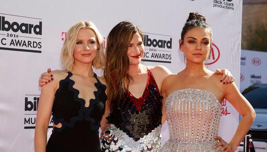 Billboard Music Awards 2016: Παγιέτες και αποκαλυπτικές εμφανίσεις στο κόκκινο