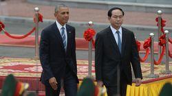 Ιστορική επίσκεψη Ομπάμα στο Βιετνάμ - Άρση του εμπάργκο όπλων μετά από 40
