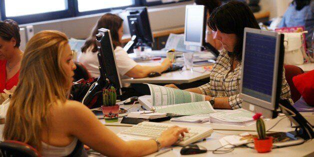 Μέχρι 30 Ιουνίου η υποβολή φορολογικών δηλώσεων - Αυστηρά τα πρόστιμα για τις