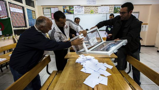 Présidentielle du 12 décembre: 14 postulants ont retiré les formulaires de