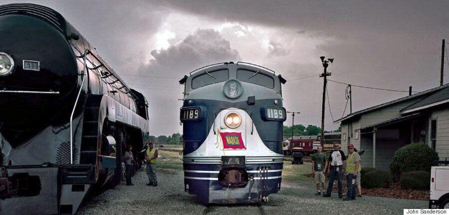 Φωτογραφίζοντας ατμομηχανές μιας άλλης εποχής στην
