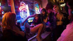 Ισπανία: Ρωσική ρουλέτα σε σεξ πάρτι χωρίς προφυλακτικό και συμμετοχή κρυφού ασθενή με