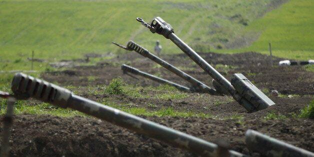Ναγκόρνο Καραμπάχ: «Πόλεμος δι΄ αντιπροσώπων»
