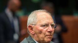 «Έξυπνο οικονομολόγο» χαρακτήρισε τον Βαρουφάκη ο Σόιμπλε. Ποιες οι προβλέψεις του για το Eurogroup της 24ης