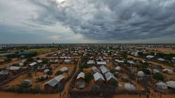 H Kένυα κλείνει το μεγαλύτερο καταυλισμό προσφύγων του