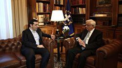 Ενημέρωση Παυλόπουλου από Τσίπρα: «Πολύ θετική απόφαση για την ελληνική