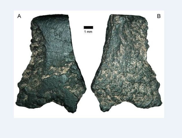 Αυστραλία: Επιστήμονες ισχυρίζονται ότι ανακάλυψαν τον αρχαιότερο πέλεκυ με λαβή στον