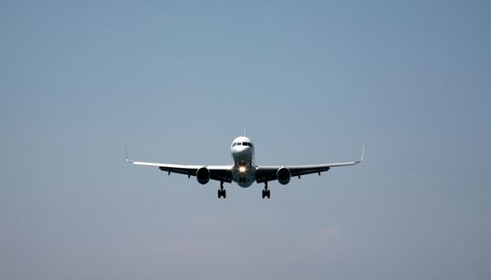 Έκτακτες πτήσεις Aegean και Olympic Air προς τα νησιά για διευκόλυνση των