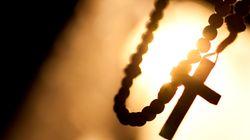 Funérailles catholiques, entre la loi qui permet et la religion qui