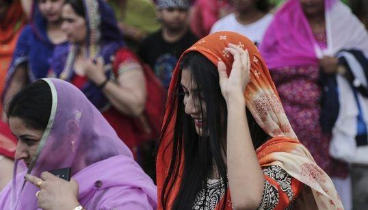 Ο Ταύρος γέμισε με χρώματα για τον εορτασμό του Βαϊσάκχι, του νέου έτους των