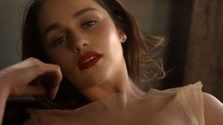 Οι αγαπημένες λέξεις της Emilia Clarke: Η γοητευτική πρωταγωνίστρια του Game of Thrones στη Vogue