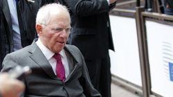 Spiegel: «Αναδιάρθρωση light» προτείνει για το ελληνικό χρέος το