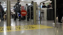 Διακινητές προσφέρουν σε πρόσφυγες VIP πτήσεις από την Ελλάδα προς τη Γερμανία ισχυρίζεται η