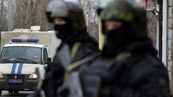 Βομβιστές αυτοκτονίας επιτέθηκαν σε αστυνομικό τμήμα στη