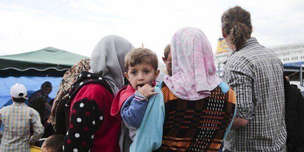 Πειραιάς: Εντός της εβδομάδος η μεταφορά 3.700 μεταναστών και προσφύγων στον