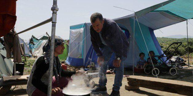 Θεοδωράκης: Η κυβέρνηση απουσιάζει στην Ειδομένη. Η σιδηροδρομική γραμμή πρέπει να