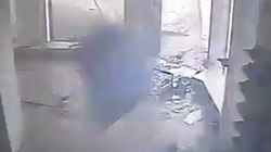 Τυφώνας διαλύει στην κυριολεξία ένα κατάστημα που λίγο πριν βρισκόταν
