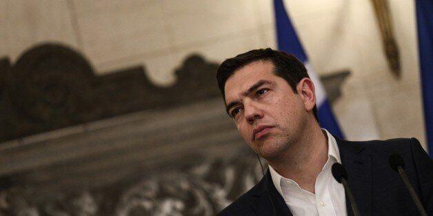 Τσίπρας στους FT: Η Ελλάδα αψήφησε τις Κασσάνδρες, τώρα το ΔΝΤ πρέπει να κάνει αυτό που του