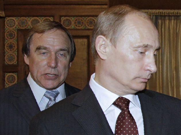 #PanamaPapers: «Πως να κρύψεις 1 δισεκ. δολάρια» ακολουθώντας 5 απλά βήματα. Η περίπτωση του Πούτιν και...