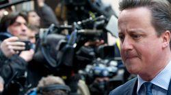 Η Γερμανία καλεί τον Κάμερον να κλείσει τις «κερκόπορτες» της φοροδιαφυγής στη
