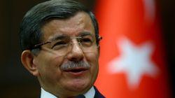 Νταβούτογλου: 78 Σύριοι εστάλησαν από την Τουρκία στη Γερμανία στα πλαίσια της συμφωνίας ΕΕ -