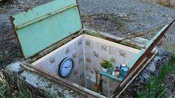 Ιταλός καλλιτέχνης δημιουργεί μικροσκοπικά επιπλωμένα δωμάτια μέσα σε φρεάτια για τους